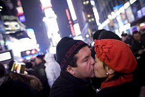 Times Square Kiss pic