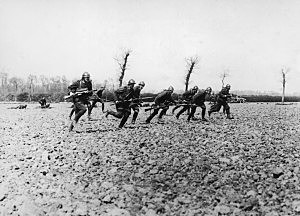 Picture of WWI Troops in Battle