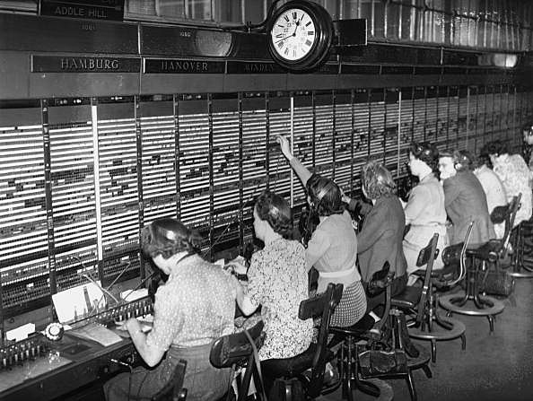 Picture of switchboard operators