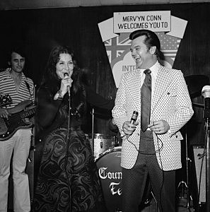 Conway Twitty and Loretta Lynn