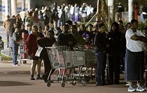 "Holiday Shopping Season Gets Underway On ""Black Friday"""