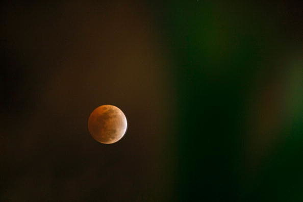 Total Lunar Eclipse Yields Red Moon Over North America
