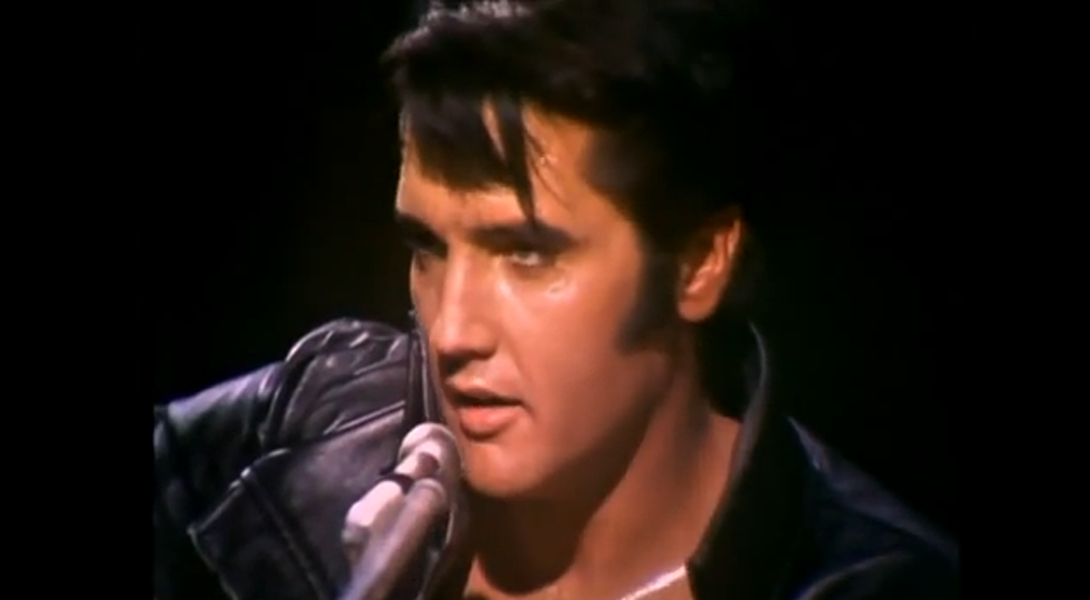 elvis blue christmas wow but whos that singing video - Elvis Blue Christmas