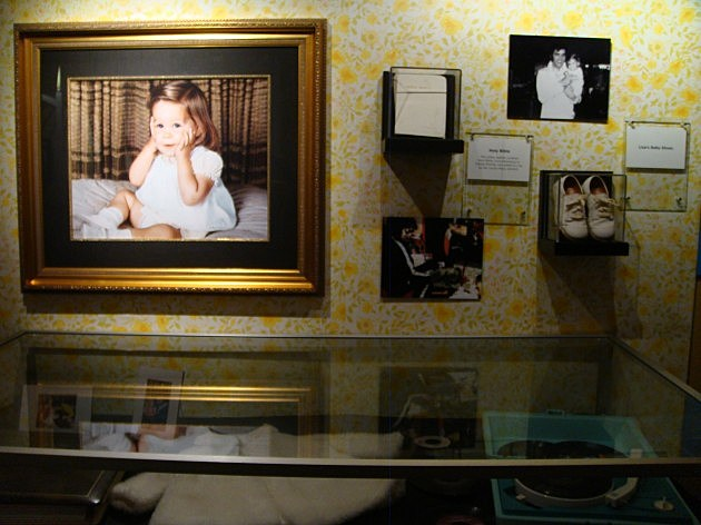 Lisa Marie Presley's Bible And Baby Shoes