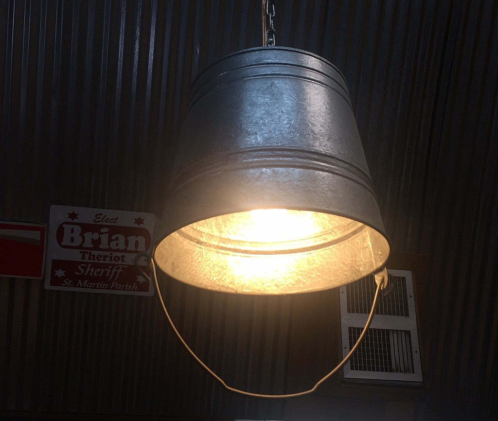 Interesting Light Fixtures: Unique Bucket Light Fixture Idea [PHOTO]