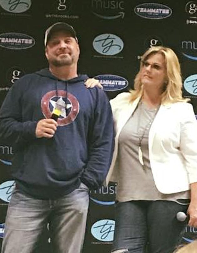 Garth Brooks And Trisha Y