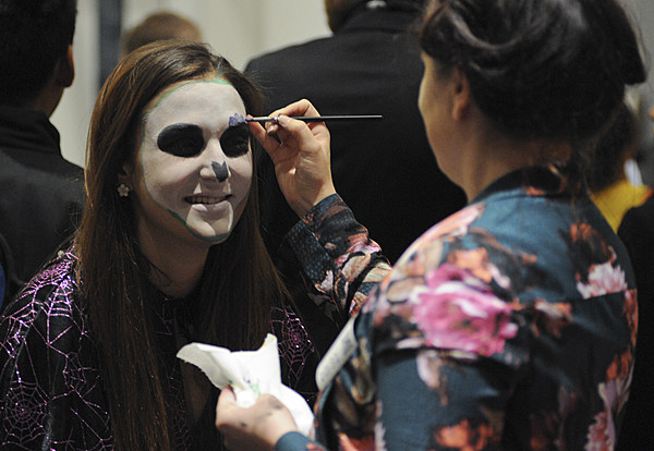 Great, Simple, and Scary Makeup Ideas for Halloween