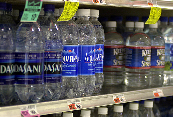 Grocery Stores Are Leaving Plastic Water Bottles In The
